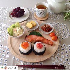 . フリーデザイン ラテマグフォトコンテスト、いよいよ1位の発表です! . . 1位は @myc106 さんです! . おにぎりや、焼き魚などの和食にプケッティの柄がうまくマッチしています! . コーヒーや、紅茶、日本茶など和洋問わずにお使いいただけるのもラテマグの魅力の一つかもしれませんね。 . 入賞おめでとうございます! . ラテマグには様々な使い方があります。今回、みなさんの写真を見て、私達も新しい発見があり、とても楽しむことができました!みなさんも今回のコンテストをきっかけに、自分なりの楽しみ方を見つけていただけると嬉しいなと思います。 . また、3~4位の入選者様は、コンテスト特設ページにて、発表させていただいておりますのでご確認お願いいたします。 . ▼特設ページは、プロフィールのリンクからご覧いただけます。 . 入賞者の方には、個別に当店のアカウントからダイレクトメッセージにて、プレゼントの詳細をご連絡いたします。