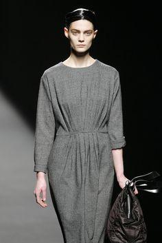 Dries Van Noten at Paris Fashion Week Fall 2007 - StyleBistro