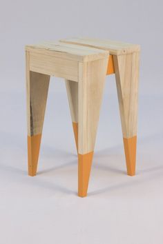 A Pallet Wood stool with Orange colored dipped legs & inner frame. Quite easy to make & you could also make matching bar stools & tables using the same basic design ; Pallet Patio Furniture, Plywood Furniture, Furniture Projects, Furniture Plans, Furniture Making, Cool Furniture, Furniture Design, Playhouse Furniture, Pallet Playhouse