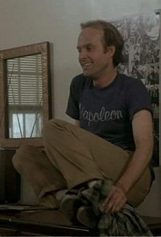 Murdock - Dwight Schultz wore a different t-shirt in pretty much every episode. always watch for it! Dwight Schultz, George Peppard, Famous Movies, The A Team, Classic Tv, Geek Chic, Best Actor, Favorite Tv Shows, Nostalgia