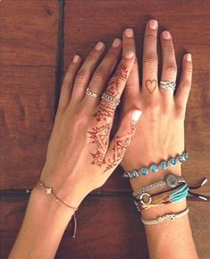 girls with tattoos + henna {in lieu}