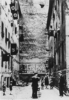 Rent Strike in Berlin (1932)