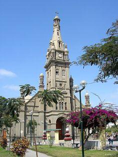 La arquitectura religiosa contemporánea en debate - El Perú necesita de Fátima