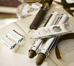 Silver-Plated #Cigars Flask & #Cutter