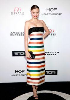 Harper's BAZAAR wird 150! Um den runden Geburtstag gebührend zu feiern, hat das älteste Modemagazin Amerikas am Freitag die 150 modischsten Frauen der Welt zelebriert – und damit die erste von vielen Partys in diesem Jahr gefeiert. Hier zu sehen: Miranda Kerr in Carolina Herrera