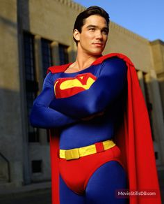 """Dean Cain - Superman /Clark Kent in """"Lois Clark: The New Adventures of Superman"""" - Never missed an episode! Clark Superman, Superman Images, Superman Poster, Superman Family, Batman And Superman, Superman Pictures, Superman Artwork, Superman Wallpaper, Batman Robin"""