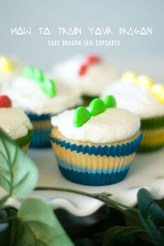 Easy Dragon Tail or Dinosaur Tail Cupcakes made with just a few candies. We like easy! | Confetti Sunshine