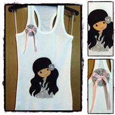 Camiseta tirantes vasica con adorno en fieltro, cosido a la camiseta total mente a mano - artesanum com