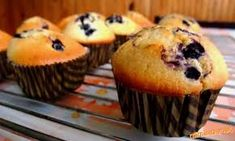 Výsledok vyhľadávania obrázkov pre dopyt muffiny Types Of Pastry, 20 Min, Cake Recipes, Muffin, Breakfast, Sweet, Basket, Food Food, Morning Coffee