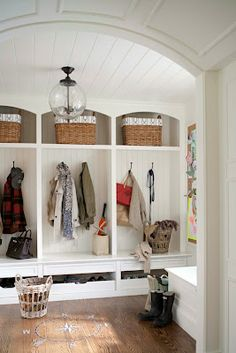 mud room idea- love the light  would love this for the garage