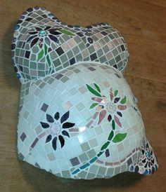 Belly met mooie bloemen gemaakt met glasmozaïek