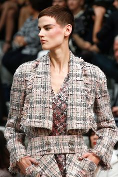Chanel Fall 2013 Couture Fashion Show Details