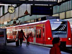 inside Bahnhof (trainstation)