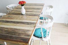 Jolie table pour manger fabrication DIY avec des palettes en bois