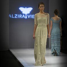 Crochet dresses by designer ALZIRA VIEIRA - vestidos lindos de crochê