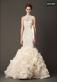 New, sample and used Vera Wang wedding dresses for sale at amazing prices. Browse our Vera Wang wedding gowns and find your dream dress for less! Wedding Dress 2013, Wedding Dress Gallery, Wedding Dress Cake, Amazing Wedding Dress, Fall Wedding Dresses, Designer Wedding Dresses, Wedding Gowns, Perfect Wedding, Lace Wedding