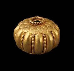 Gold Melon bead with Leaf Pattern, 330 BC, Colchian