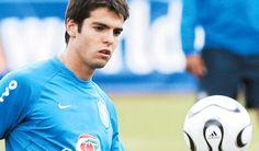Uno de los más destacados jugadores de  fútbol brasileño. Ricardo Kaka