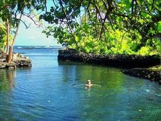 Where is Champagne Pond, Big Island, Hawaii. The pond is heated by natural thermal springs. Hawaii Vacation, Vacation Places, Hawaii Travel, Dream Vacations, Vacation Spots, Places To Travel, Places To Go, Beach Vacations, Texas Travel