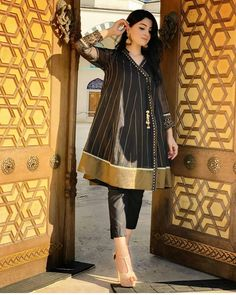 Stylish Dress Book, Stylish Dresses For Girls, Stylish Dress Designs, Designs For Dresses, Girls Dresses, Beautiful Pakistani Dresses, Pakistani Formal Dresses, Pakistani Dress Design, Pakistani Frocks