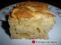 Εύκολη και γρήγορη μηλόπιτα αφού δεν χρειάζεται να ανοίξετε φύλλο!! Apple Deserts, Greek Sweets, Apple Chips, Cake Cookies, Cooking Time, Cornbread, Vanilla Cake, Sweet Recipes, Pie