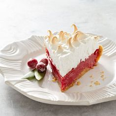 Cranberry Meringue Pie—a stunning Thanksgiving dessert