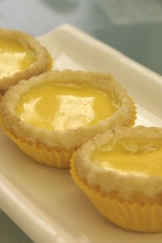 Hong Kong Style Egg Tarts Recipe don tots Asian Desserts, Just Desserts, Delicious Desserts, Yummy Food, Chinese Desserts, Tart Recipes, Dessert Recipes, Cooking Recipes, Eat This