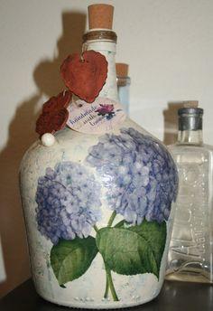 """Botella """"Hortensias"""", Vidrio, Botellas, Hogar, Decoración, Hogar, Cocina, Hogar, Floreros"""