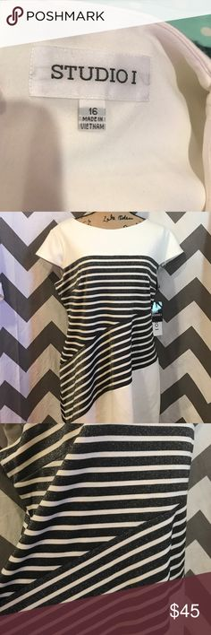 Ivory/black metallic dress size 16 NWT Ivory/black metallic dress size 16… Please ask questions… Bundle and save Dresses