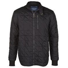Mens Quilted Jacket Description: The Quilted Jacket from the well known brand Replay. Featuring a quilted texture and 3 pocket design, this makes for the perfect addition to your outerwear collection this season!      • Quilted  • Zip fastening   • 3 Pocket design  • Branding detail  • Curved hemline  • Outer: 100% ... http://qualityclothing.me.uk/mens-quilted-jacket-9/