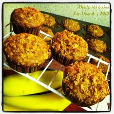 Desde Mi Cocina - Banana-Oatmeal Muffins with Honey Bunches of Oats Crust