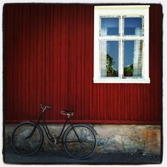 Sweden - The red color Swedes like to paint their houses.