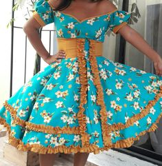 African Fashion Dresses, African Dress, Fashion Outfits, Clogs Outfit, Square Dance, Petticoats, Dance Dresses, Dance Costumes, Chile