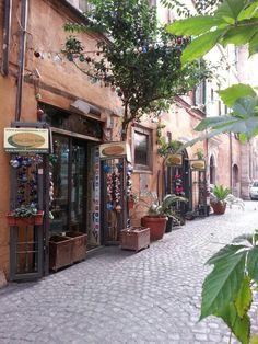 Artistic Glass  by Rankoussi via Sora 30 / 31 Roma Italy.