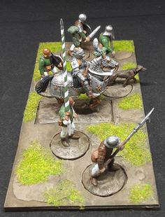 War of the Roses Knight + Men at Arms (Perry Miniatures) Armadura Medieval, Wars Of The Roses, Diorama, Minis, Knight, Arms, Concept, Table Decorations, Toy Soldiers