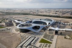 Universidad Zayed, Abu Dhabi, EE.AA.UU. - Hadi Teherani Architects - © B·U·T