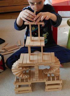 Des équivalents de Kapla pour trois fois rien ! | Toysfab Stem For Kids, Diy For Kids, Crafts For Kids, Wooden Building Blocks, Wood Blocks, Jenga Blocks, Science Projects For Kids, Kids Wood, Kids Corner