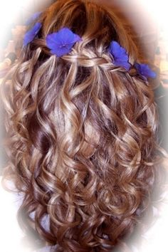 waterfall braid hairstyle   Picture waterfall-braid-with-flowers « Hairstyle Gallery   Beauty ...