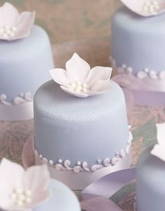 blue and white mini cakes