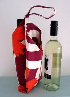 PDF Sewing Pattern Wine Bottle Carrier. $6.00, via Etsy.