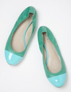 I've+spotted+this+@BodenClothing+Ballet+Flats+Persian+Green++Sapling.  Oh these are marvelous!!