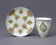 Cup and a saucer Place of origin: Kütahya (City), Turkey (made) Date: 1725 (made)