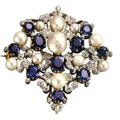 Brooch, Paulding Farnham, 1899. 18ct gold, platinum, montana sapphires, diamonds, american freshwater pearls and enamel. Exhibited at the 1900 Exposition Universelle, Paris.