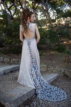 Game of Thrones season 4, Margaery Tyrell Baratheon's wedding dress Costumes Game Of Thrones, Game Of Thrones Dress, Game Of Thrones Tv, Game Of Thrones Cosplay, Game Of Thrones Outfits, Margaery Tyrell, Natalie Dormer, Game Of Thrones Fashion, Game Of Thrones Clothing