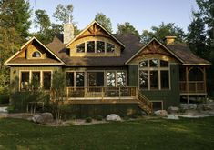 The Red Leaves home package from Linwood Homes has a large main floor space for everyday living with an upper loft that can be used as a office, guest bedroom or play space. Cabin House Plans, Ranch House Plans, Craftsman House Plans, New House Plans, House Floor Plans, Linwood Homes, Home Builders Association, Cedar Homes, Cottage Plan