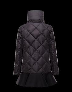 Cappotto Donna Moncler - Prodotti originali su store.moncler.com