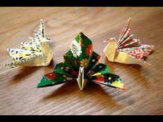 Origami - Paon - Pfau [Senbazuru] - Origami – Paon – Pfau [Senbazuru] Mehr - Origami Boot, Origami Lamp, Origami Paper Art, Origami Design, Origami Flowers, Paper Flowers, Gato Origami, Origami Envelope, Origami Bookmark