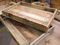 DIY Pallet Wood Tray | 101 Pallets