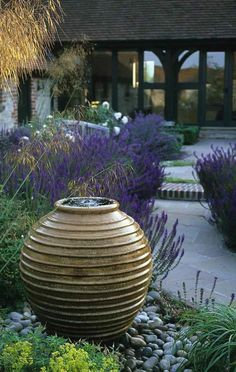 Outdoor water fountains have always been a significant part of architecture since ancient times. Apart from their aesthetic contribution, fountains … Backyard Water Fountains, Garden Fountains, Outdoor Fountains, Garden Ponds, Backyard Ponds, Koi Ponds, Big Garden, Water Features In The Garden, Garden Features