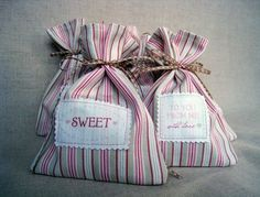 cookie-bags-valentines-day-gifts-something-sweet  thesweetestoccasion.com